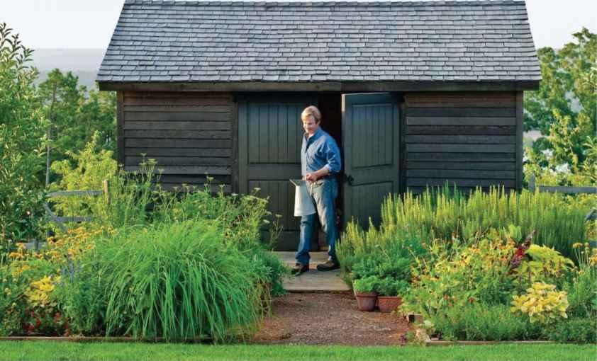 Florence grovida gardening for Garden shed organisation